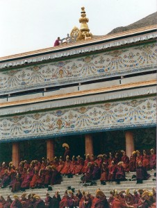 2001 China Aba monks preparing for ceremony 2