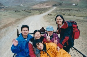 2001 China road to Aba Chinese students in truck w me