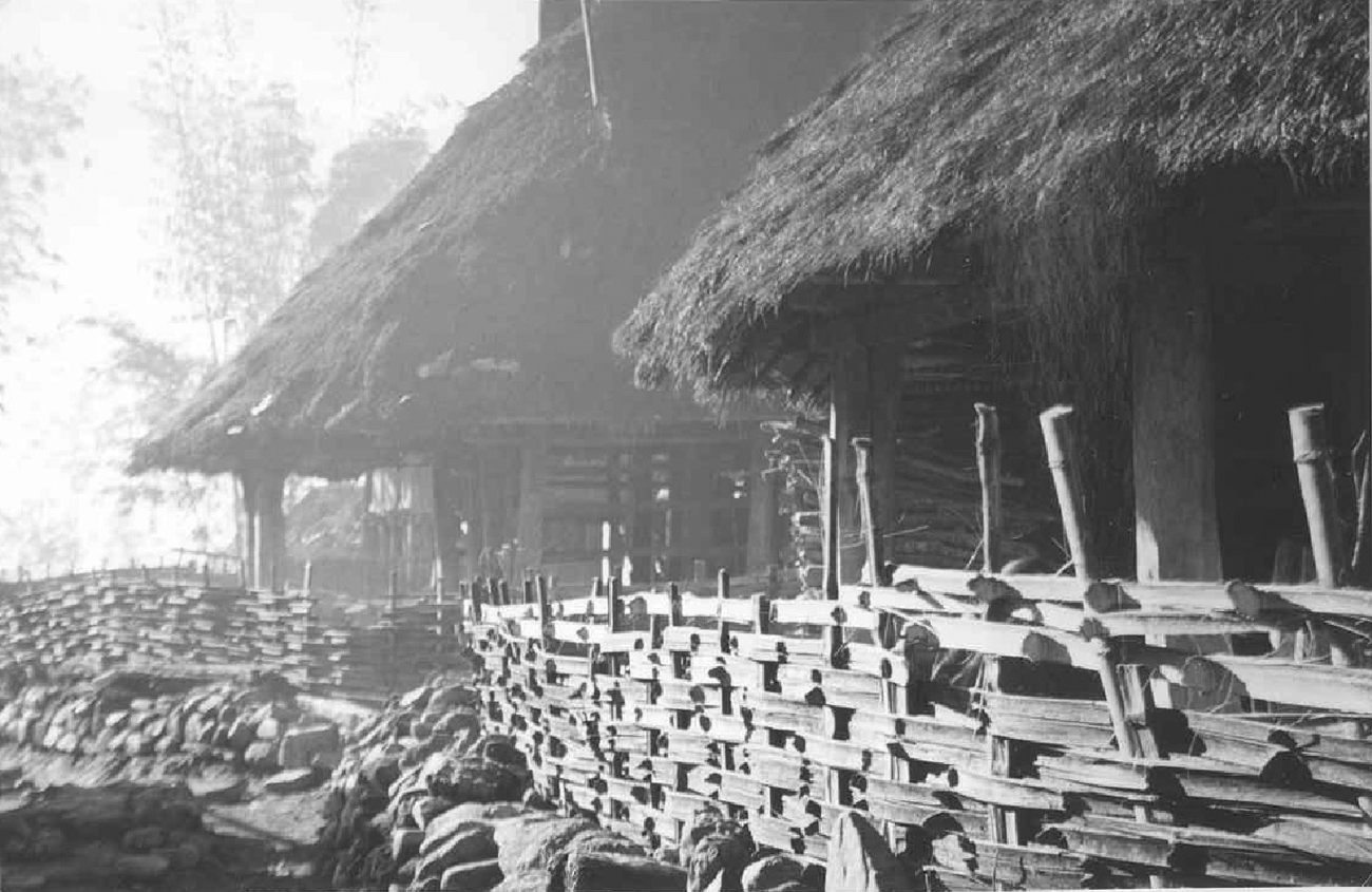 A scene from Mengka: Biking Yunnan