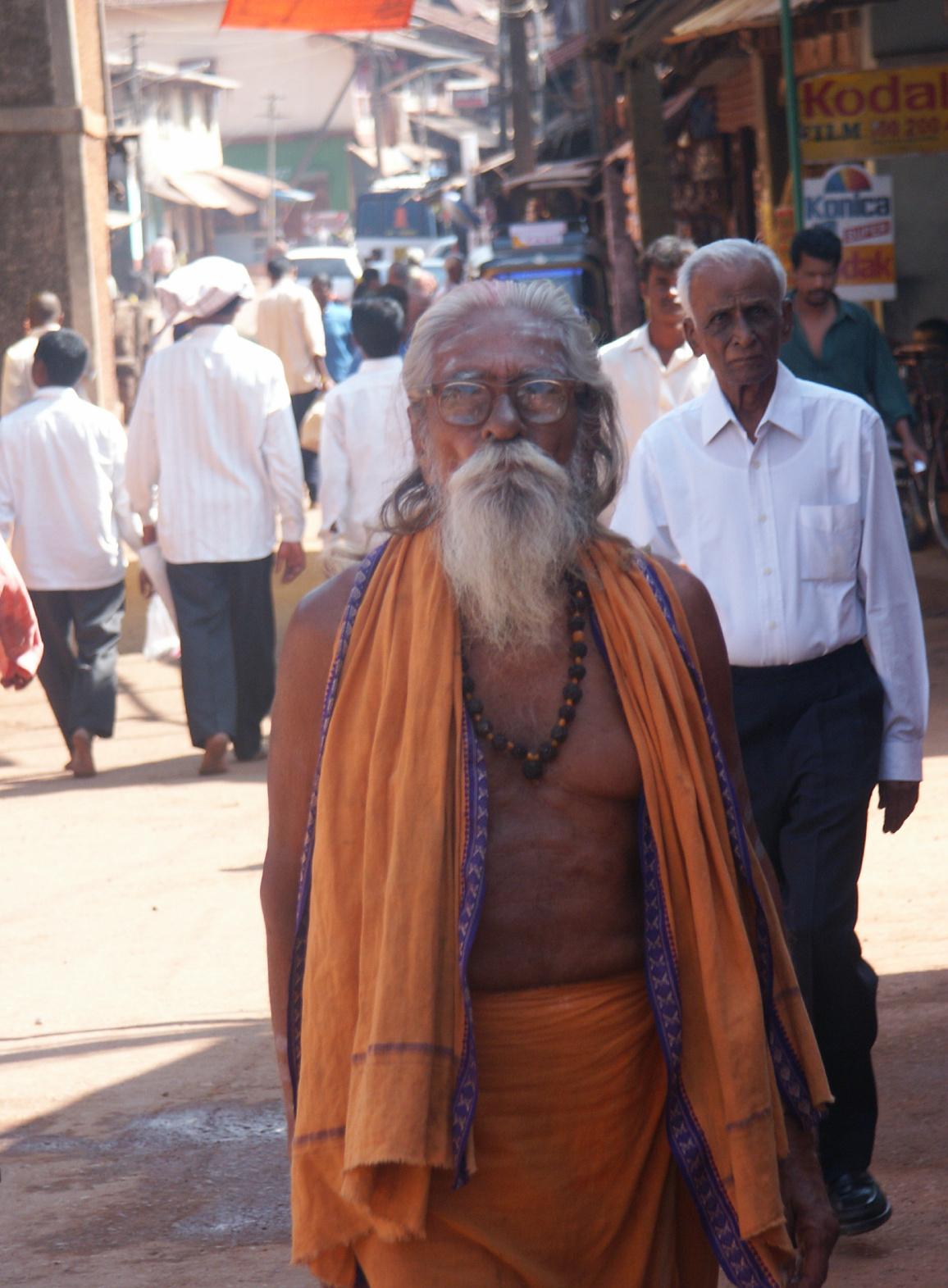 India street scene 1